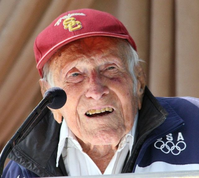 BLCF: Louis_Zamperini_at_announcement_of_2015_Tournament_of_Roses_Grand_Marshal